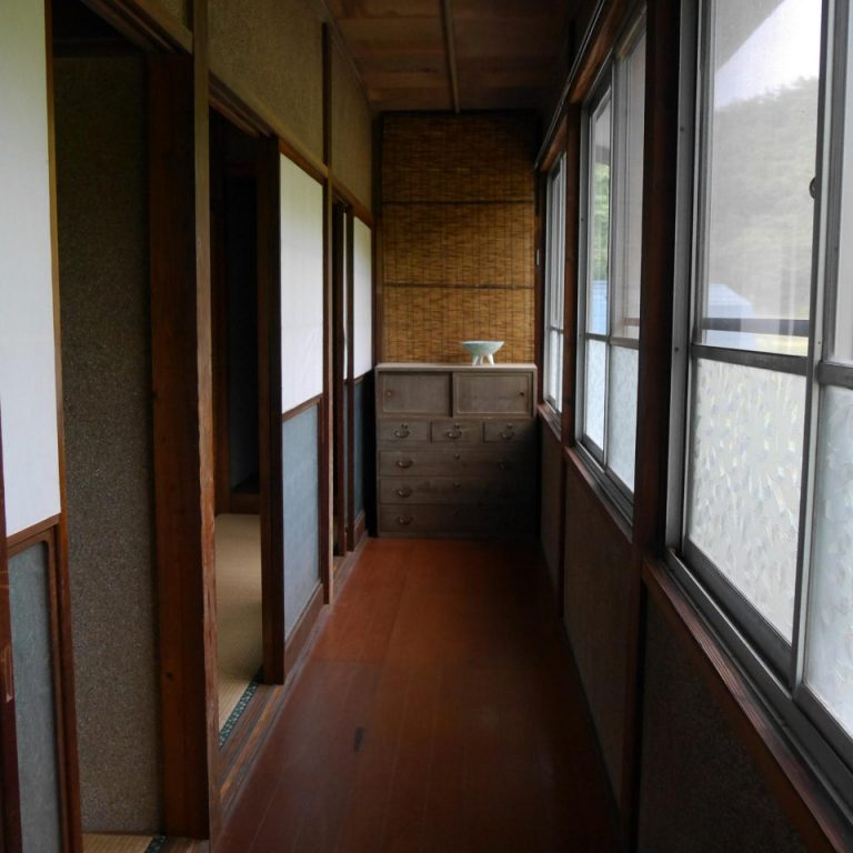 corridor Japanese house Tome